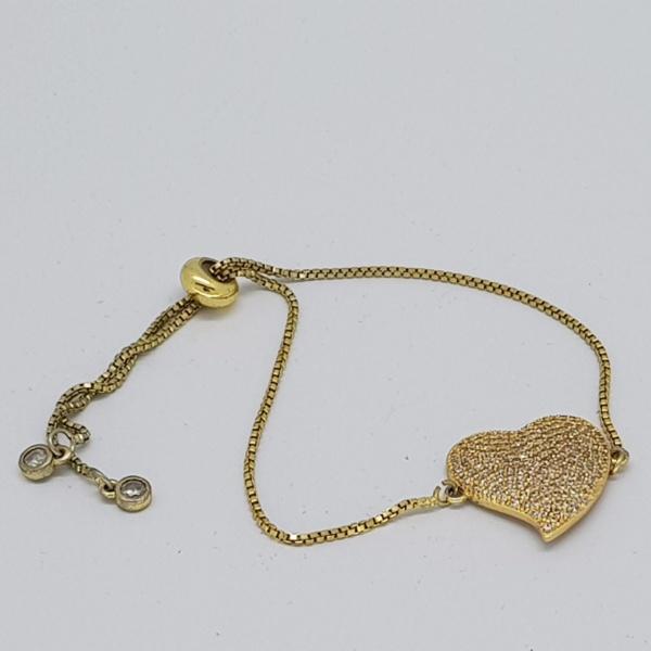 heart style bracelet in gold